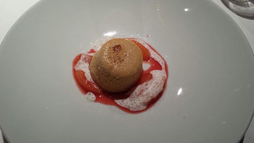 Sufle de caramel cu portocale roșii